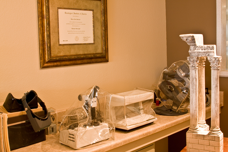 gemologist station at Manolis Jewelers